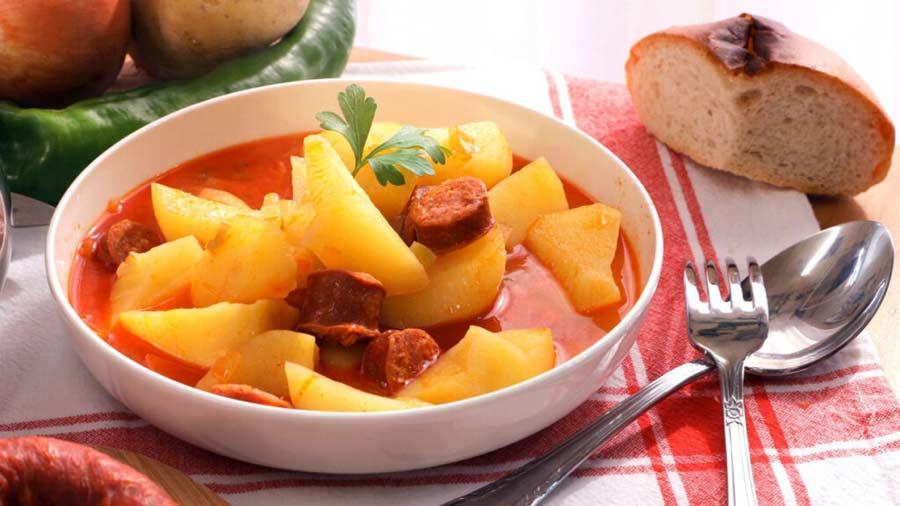 Patatas a la Riojana: una receta tradicional para el invierno